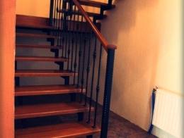 Купить-деревянную-лестницу1